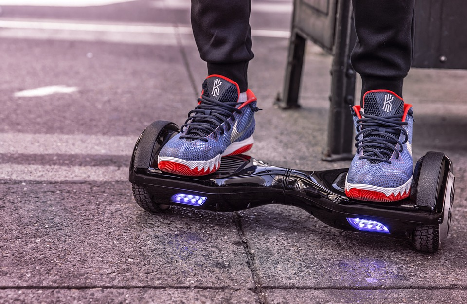 5 Awesome Hoverboard Tricks (easy + not-so-easy!)