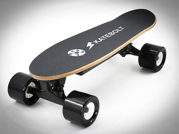A detailed review of the Skatebolt S5 Mini Electric Skateboard